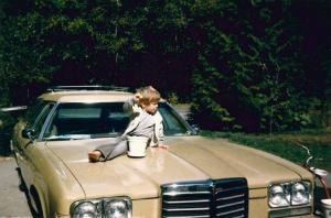 bcoutdoor boy on car