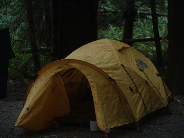 The North Face made the Mountain 25 sturdy and strong u2013 when the weather turns stormy in the wilderness reliable shelter is necessary. The tent never makes ... & Gear Review: The North Face Mountain 25 Tent | MyWildCanada
